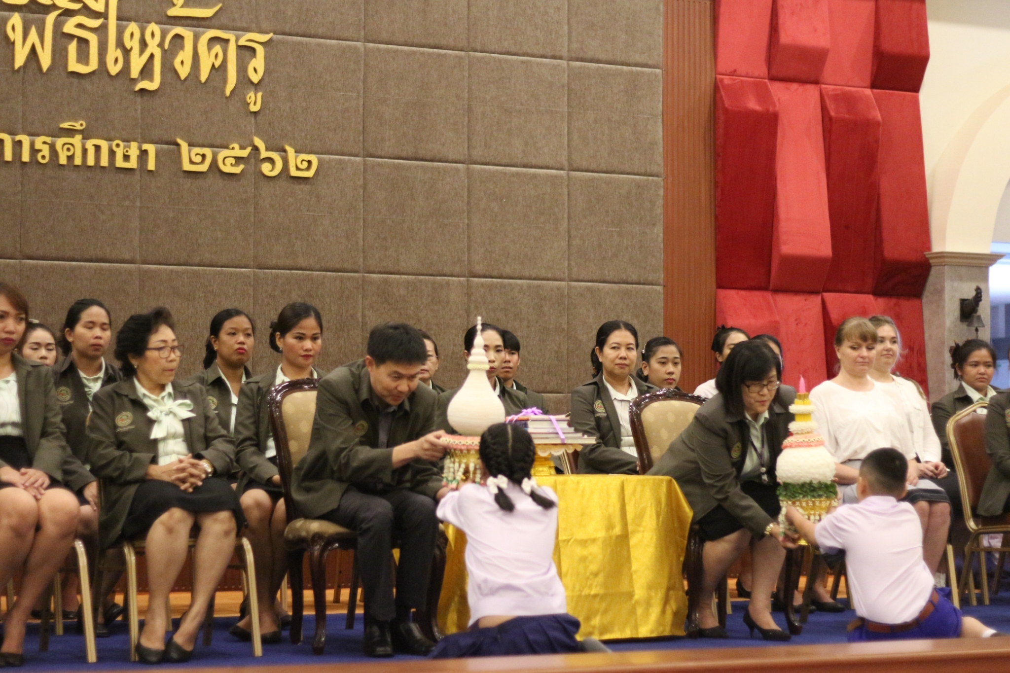 Wai Kru Ceremony (semester 1/2019) Kindergarten and grade 1-6 at Saint Gabriel Hall