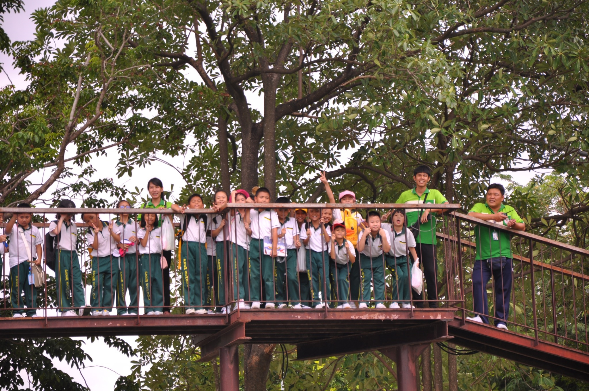 Thursday 22th of August 2019 At 07.30-16.00 : 143 third grade students and 14 teachers went on a field trip at The Golden jubilee Museum of Agriculture Office, Pathumthani Province