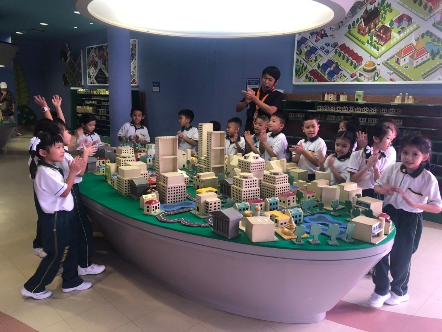 A field trip at Children's Discovery Museum , Bangkok.